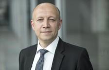 Andreas Kuhlmann , Vorsitzender der GeschaeftsfŸhrung der Deutschen Energie-Agentur GmbH dena in Berlin am 29.06.2015 . Wirtschaft Portrait Portraet PortrŠt . [ copyright by: Marc-Steffen Unger  Tel: 01715353875 ]   [#0,26,121#]