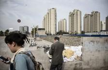 贷款一直是中国许多基础设施和住房项目发展的刺激因素,例如图中上海的这个房产项目。中国的真实贷款金额可能比报道的高得多。